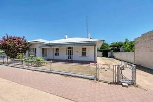 Ever dreamt of being on The Block!! Then this is your dream home! Balaklava Wakefield Area Preview