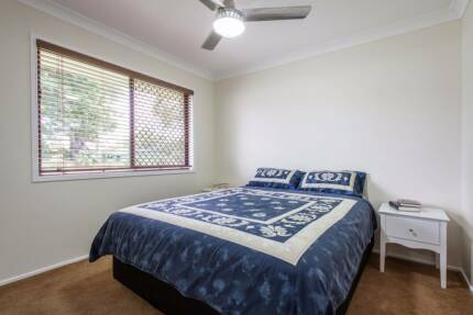 Rent furnished room in Rochedale south
