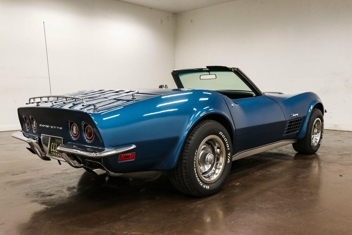 1970 Blue Chevrolet Corvette Stingray  | C3 Corvette Photo 9