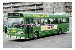 pu0705 - United Counties Bus no 525 at Bedford in 1987 - photograph