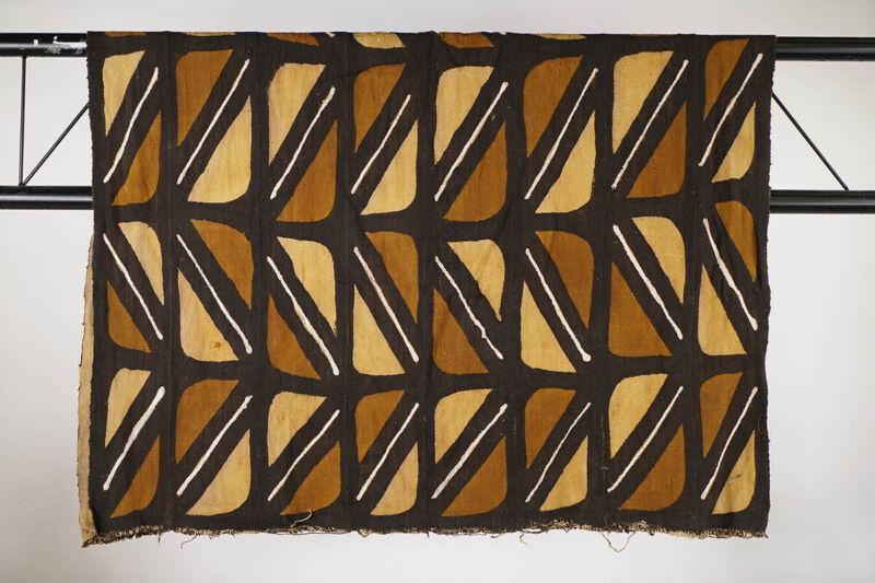 "Beautiful Bamana Mud Cloth 62"" x 41"" - Mali - African Art"