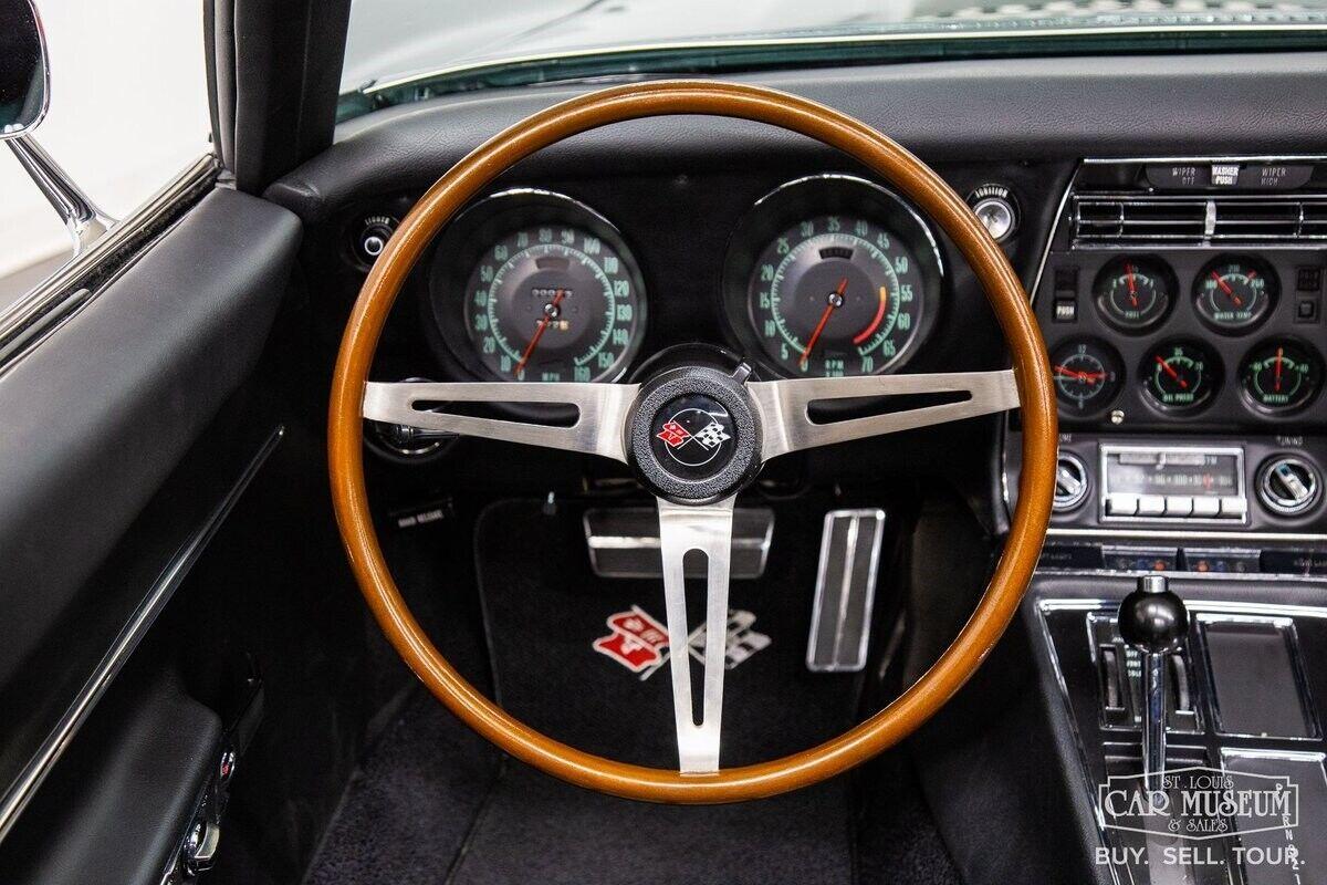 1968 Green Chevrolet Corvette     C3 Corvette Photo 4