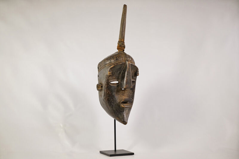 """Lwalwa Face Mask with Custom Stand 23"""" - DRC - African Art"""