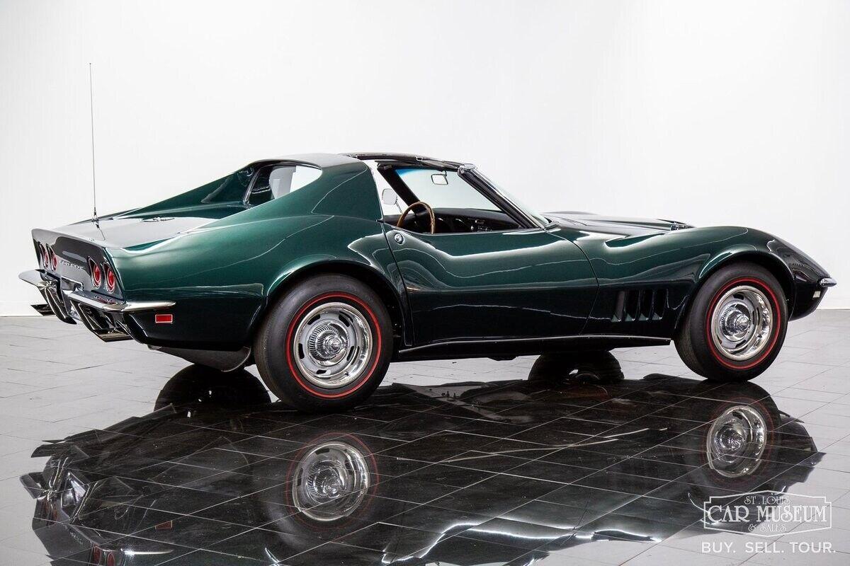 1968 Green Chevrolet Corvette     C3 Corvette Photo 10