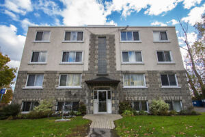 *Spacious and Bright 2 Bedroom Apartment in Vanier
