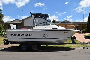 Bayliner Trophy 2052 6.8m/22ft Walkaround 2002 - just stunning! Casula Liverpool Area Preview