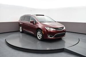 2018 Chrysler Pacifica DVD , SUNROOF, TOUCH SCREEN MONITOR , BAC