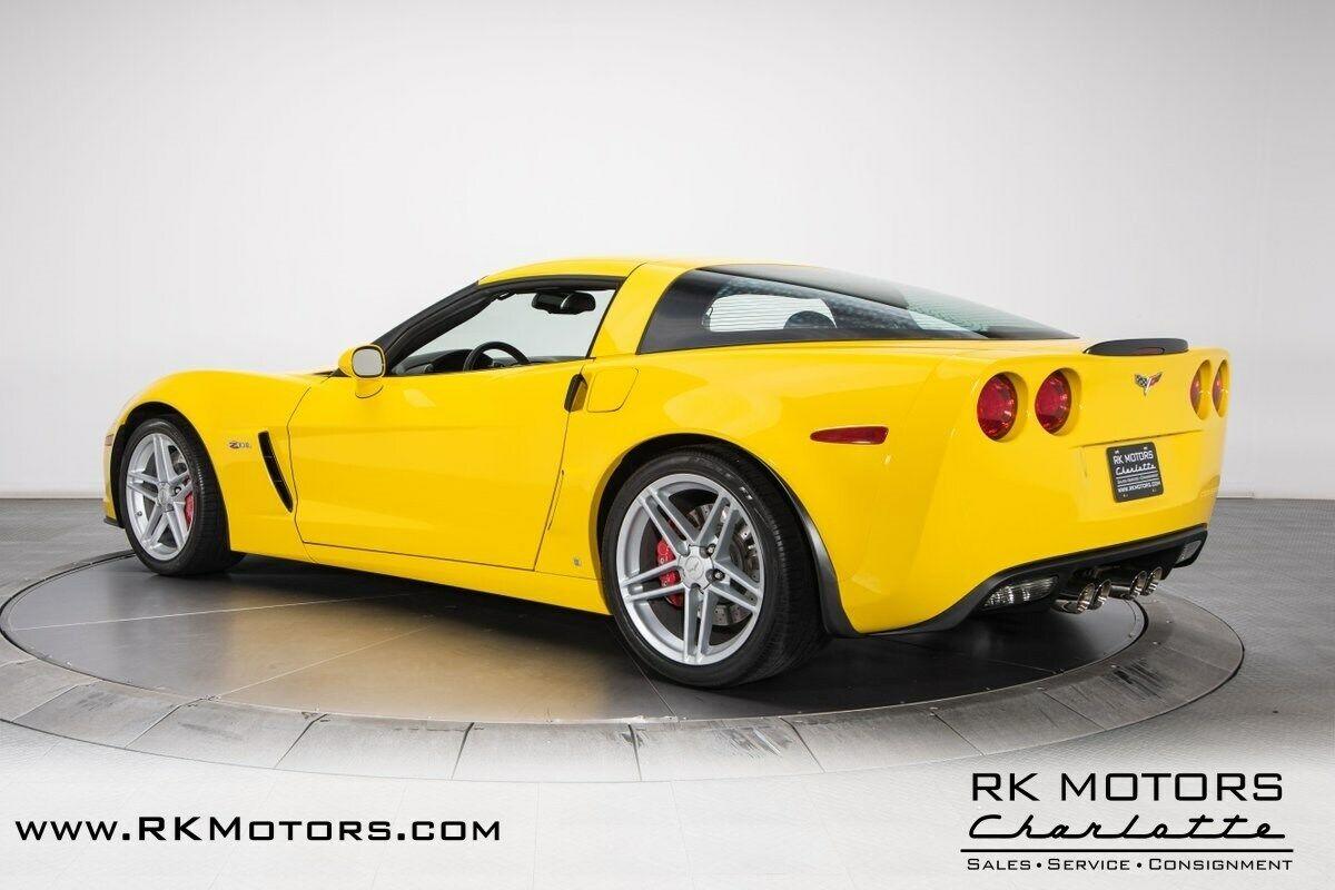 2006 Yellow Chevrolet Corvette Z06    C6 Corvette Photo 8