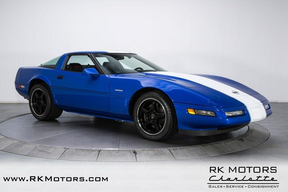 1996 Blue Chevrolet Corvette Grand Sport    C4 Corvette Photo 9