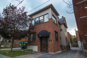 Spacious 4 Bedroom Apartment in Sandy Hill for May 1st!!