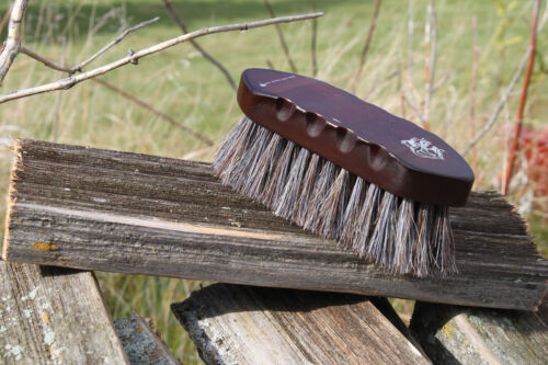 Professionals Choice Wood Small Horsehair Hex Brush W200