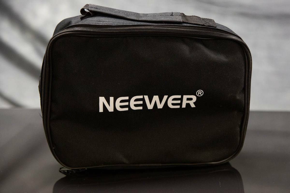 Neewer Photography Padded Video Light Carrying Bag Case Protective Black 11 x8  - $9.95
