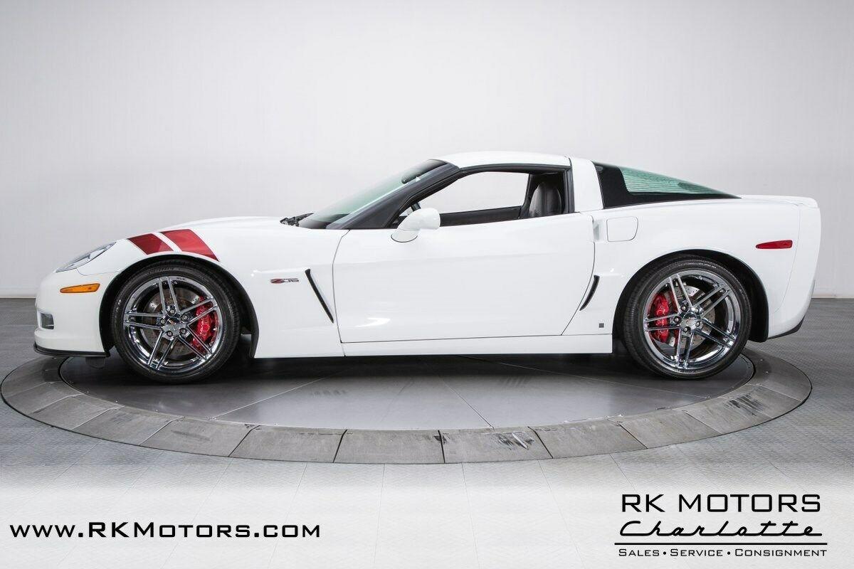 2007 White Chevrolet Corvette Z06    C6 Corvette Photo 9