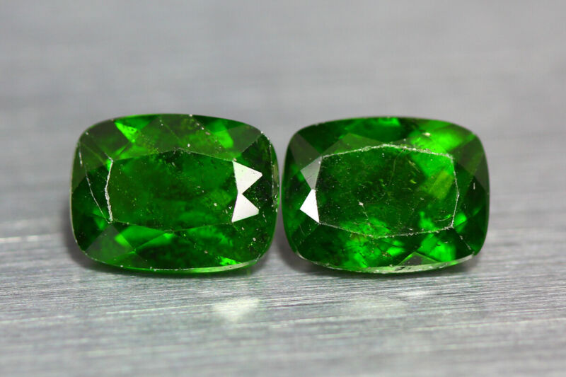 3.515 CT AMAZING UNUSUAL CHROME GREEN 100% NATURAL UNHEATED CHROME DIOPSIDE PAIR