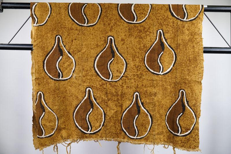 "Bamana African Mud Cloth w/ Cowrie Shell Pattern 62"" x 38"" - Mali"