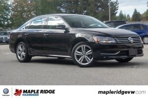 2014 Volkswagen Passat - LEATHER, SUNROOF, HEATED SEATS