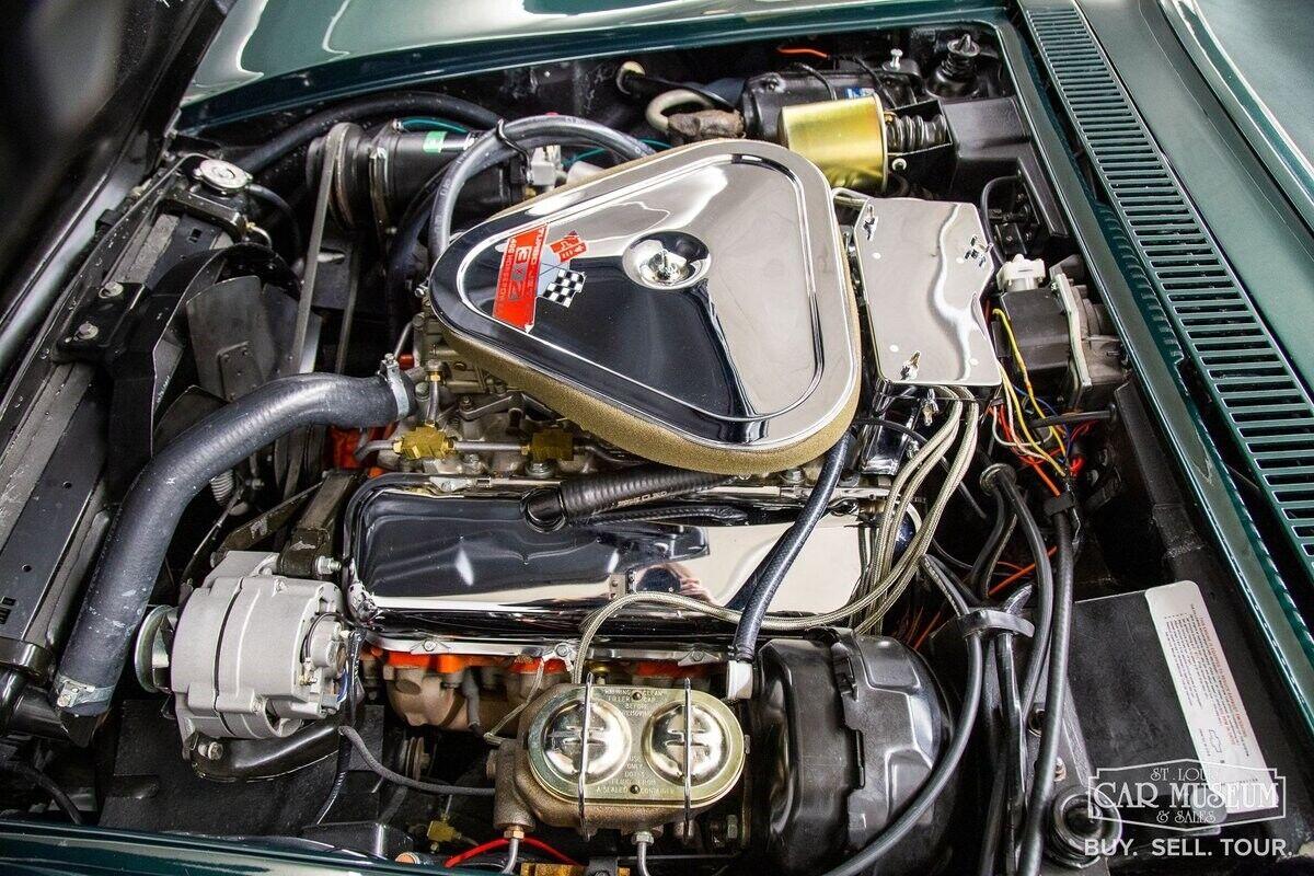 1968 Green Chevrolet Corvette     C3 Corvette Photo 6