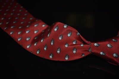 Vintage Gucci Made in Italy Deep Red Crepe Oyster Shell Emblematic Silk Tie NR