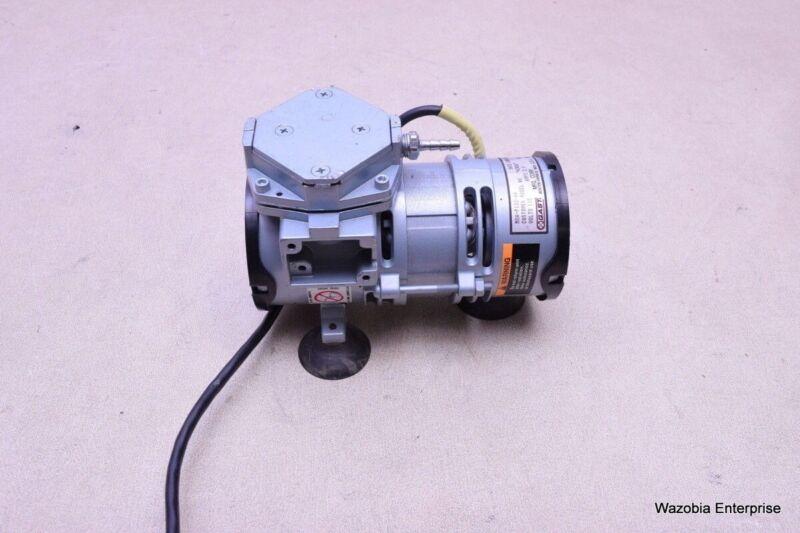 GAST VACUUM PUMP MODEL 4Z026