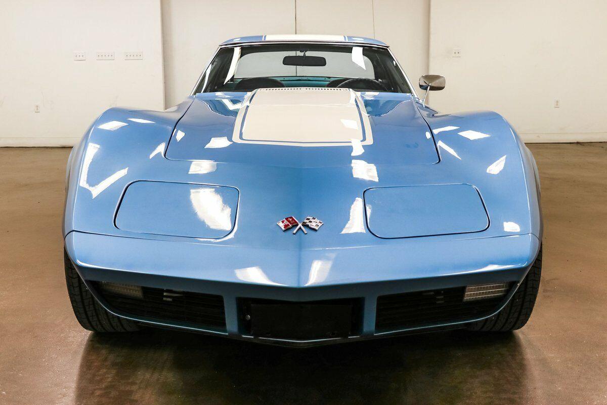 1974 Blue Chevrolet Corvette     C3 Corvette Photo 4