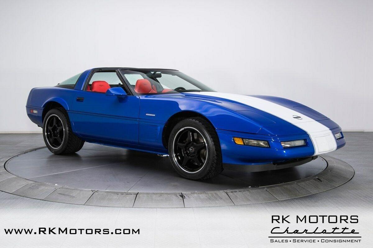 1996 Blue Chevrolet Corvette Grand Sport  | C4 Corvette Photo 9