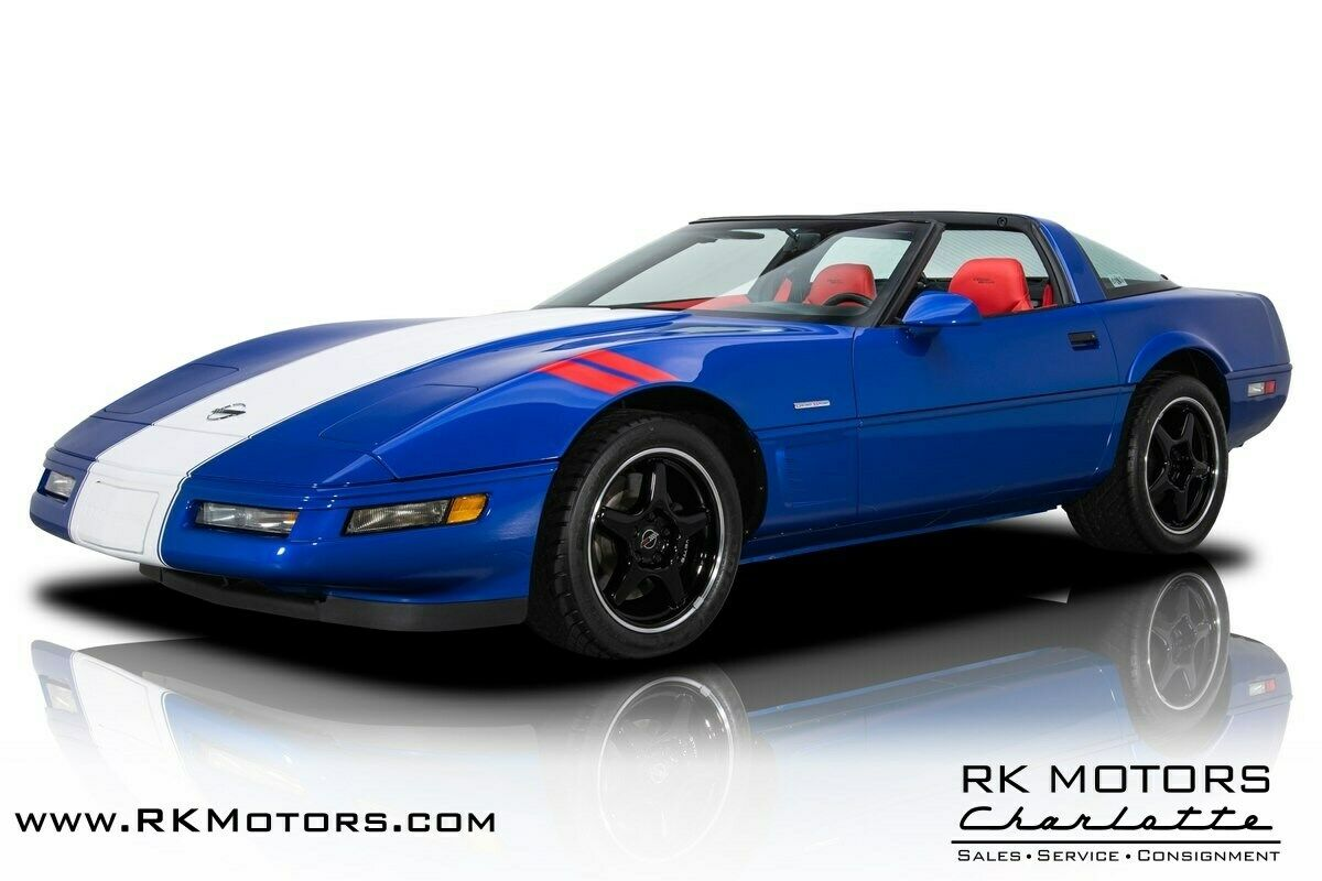 1996 Blue Chevrolet Corvette Grand Sport  | C4 Corvette Photo 1