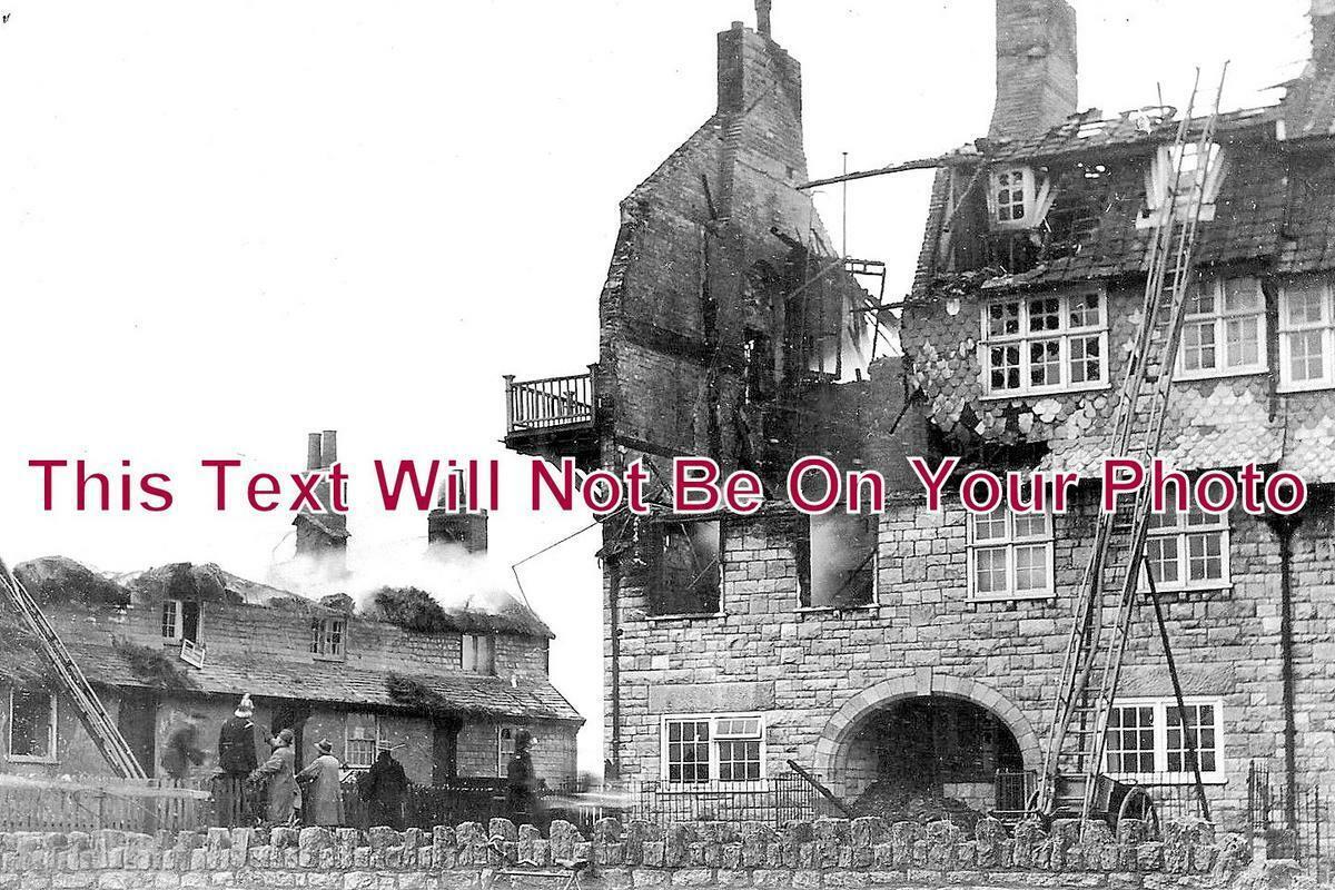 DO 1058 - West Bay Cottages Fire, Bridport, Dorset 1929
