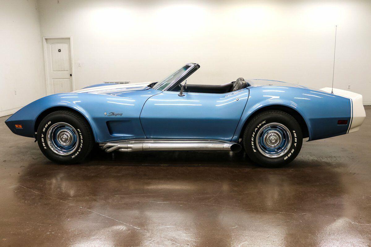 1974 Blue Chevrolet Corvette     C3 Corvette Photo 7