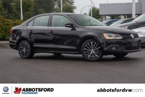 2013 Volkswagen Jetta Highline / NO ACCIDENTS, 1 OWNER, LEATHER,