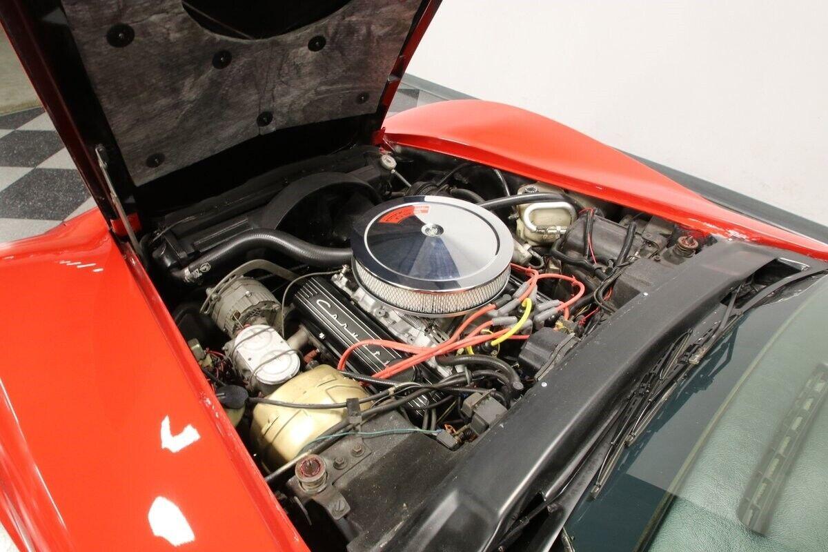 1971 Red Chevrolet Corvette   | C3 Corvette Photo 3