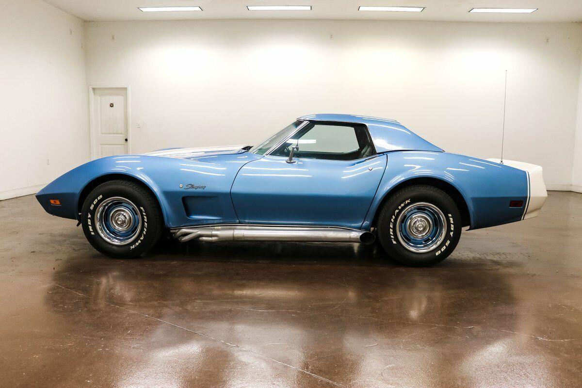 1974 Blue Chevrolet Corvette     C3 Corvette Photo 6