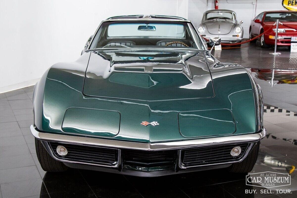 1968 Green Chevrolet Corvette     C3 Corvette Photo 5