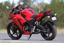 *****2015 Honda CBR 300r ABS MODEL LAMS APPROVED (Red Motor Bike) Thorneside Redland Area Preview