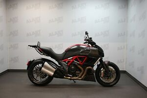 2013 ducati DIAVEL CARBON