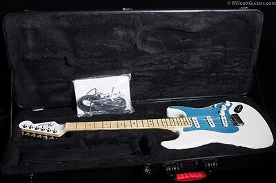 Fender Dealer Event American Deluxe Stratocaster Snow White (018)