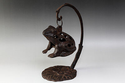 Japanese Antiques Iron Hanging Frog Candle Holder Lantern Stand #7150
