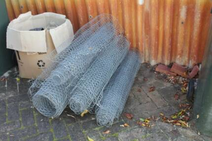 5 rolls of chicken wire Mosman Park Cottesloe Area Preview