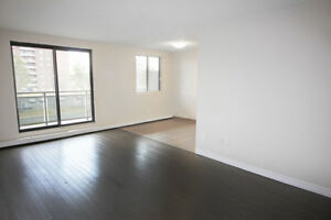 Beautiful & Bright 2 Bed in St. Catharines!