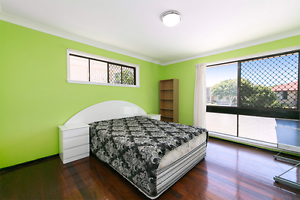 Room for rent garden city for student female Macgregor Brisbane South West Preview