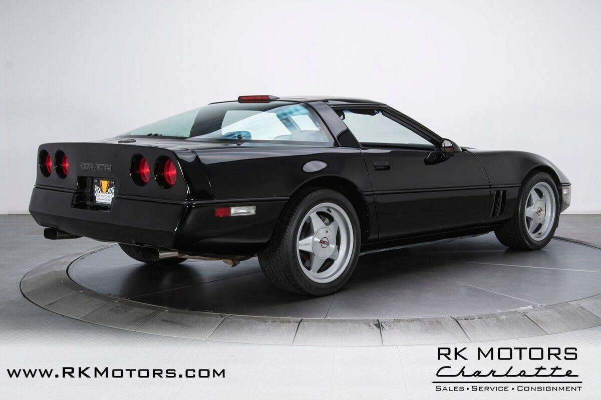 1988 Black Chevrolet Corvette Callaway  | C4 Corvette Photo 2