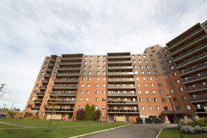 Spacious 2 Bed in St. Catharines - Amenities Included!