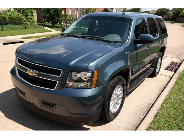 Image 1 of Chevrolet: Tahoe HYBRID…