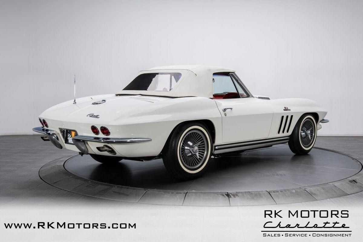1965 White Chevrolet Corvette   | C2 Corvette Photo 8