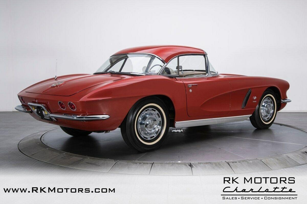 1962 Honduras Maroon Chevrolet Corvette   | C1 Corvette Photo 10