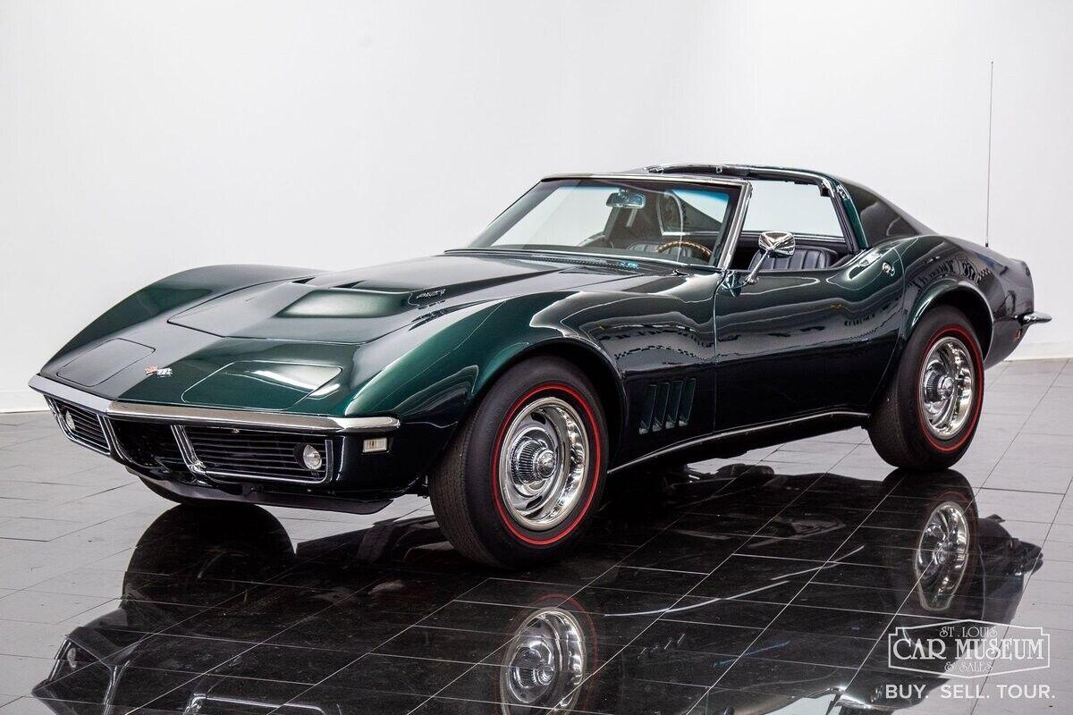 1968 Green Chevrolet Corvette     C3 Corvette Photo 1