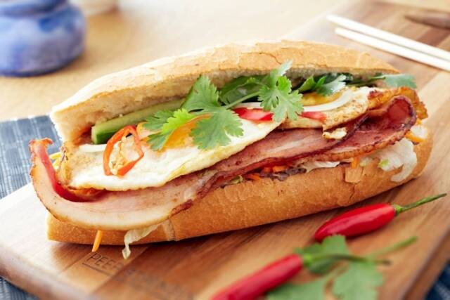 Kitchen Hand needed for a Vietnamese takeaway at Sydney CBD | Kitchen & Sandwich Hand | Gumtree Australia Inner Sydney - Sydney City | 1152297230
