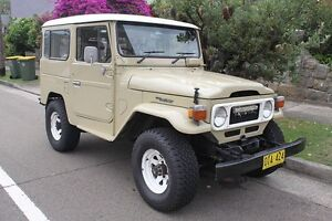 Wanted 1970's Toyota Land Cruiser fj40