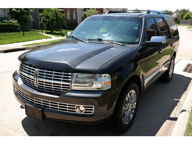 Image 1 of Lincoln: Navigator ULTIMATE…