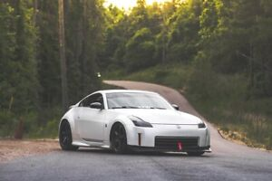 Looking for 350z
