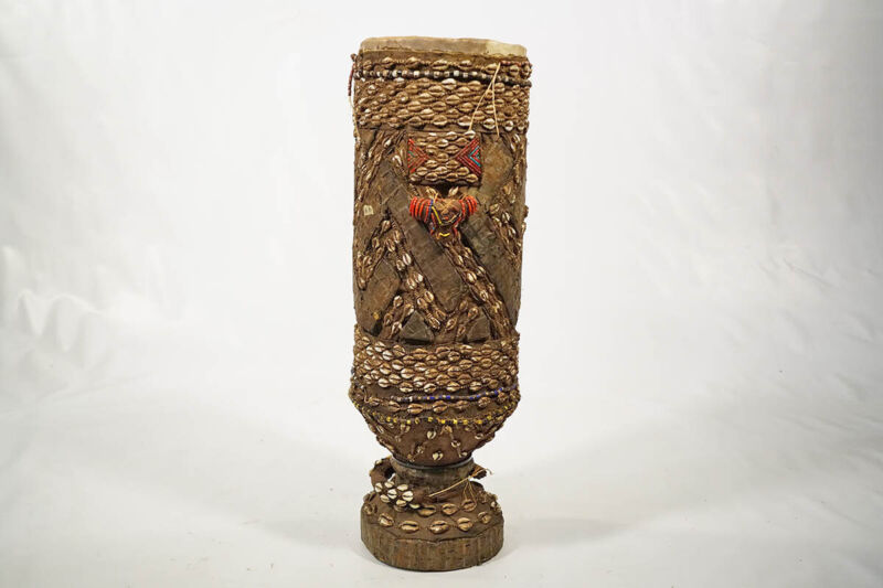 """Beaded and Shelled Hand Carved Kuba Drum 26"""" - DRC - African Art"""